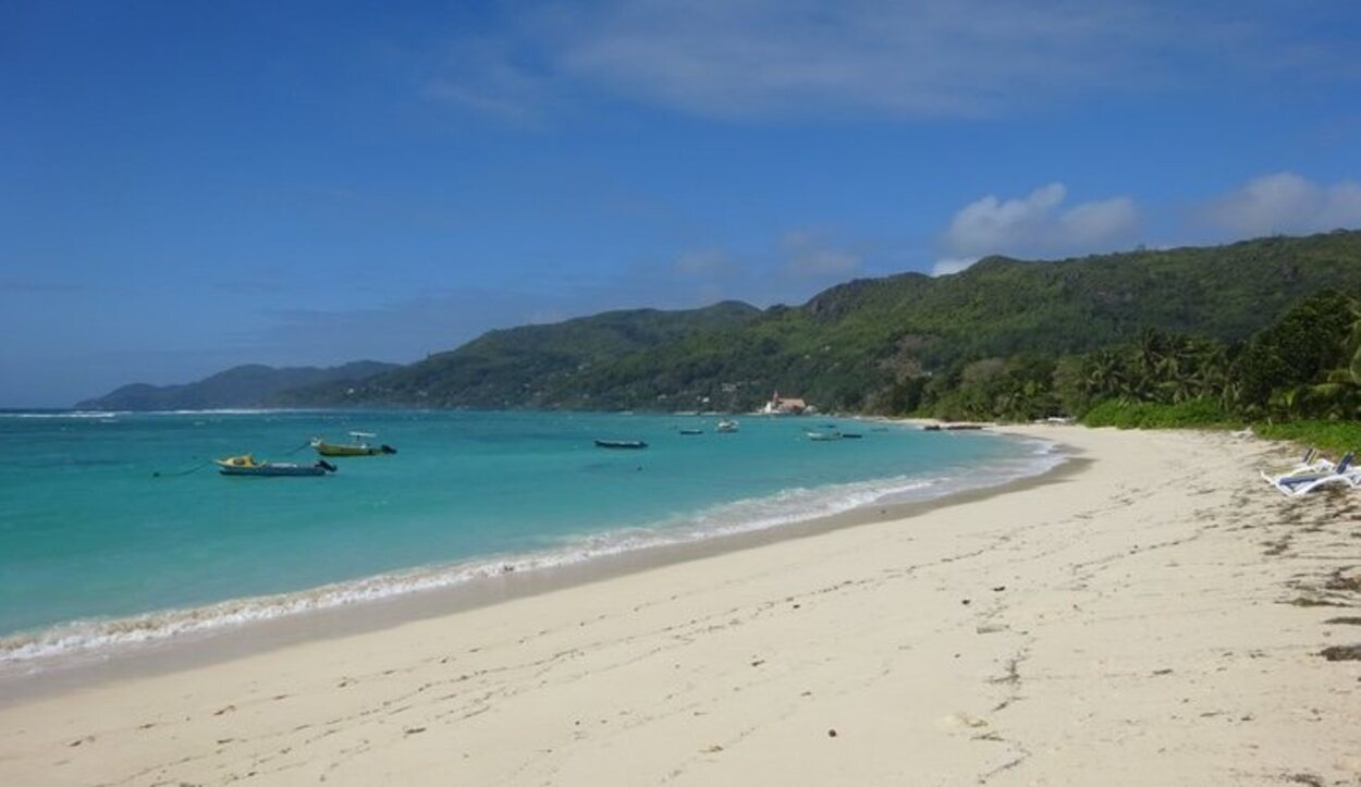 Anse Royale, una de las playas más turísticas de Mahé/ Foto: Tamara Garco