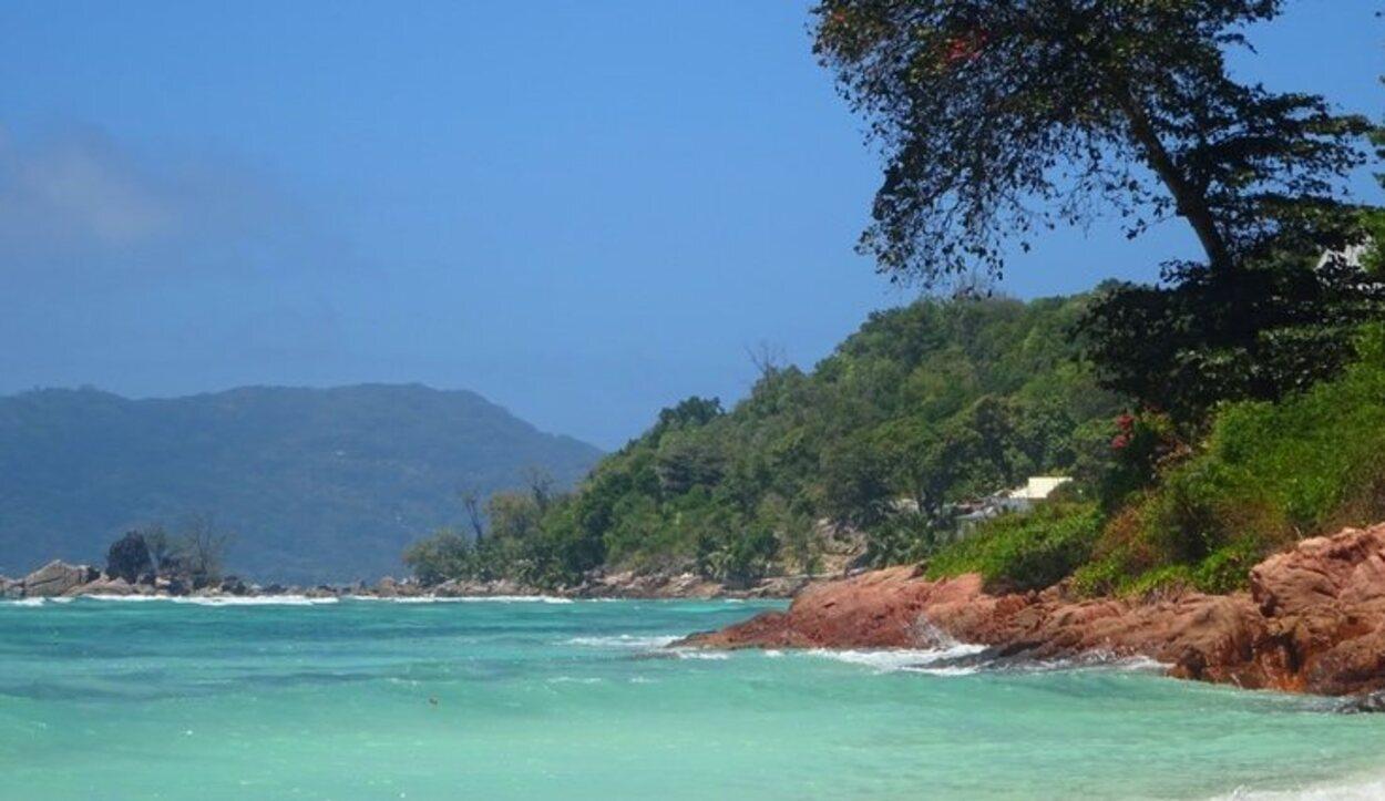 Disfruta de las playas de Praslin, son tranquilas y soleadas/ Foto: Tamara Garco