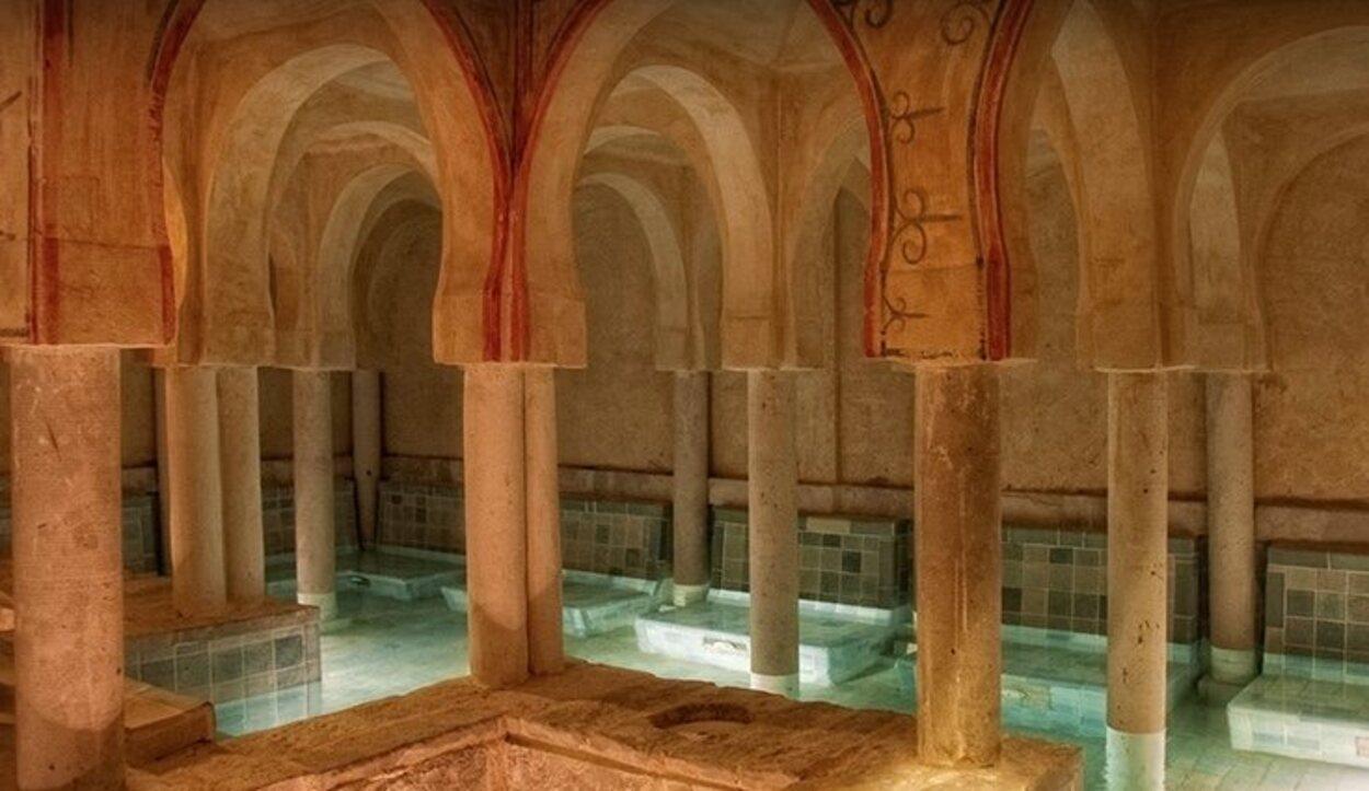 Posee más de 1.500 metros cuadros de superficie termal | Foto: castillatermal.com