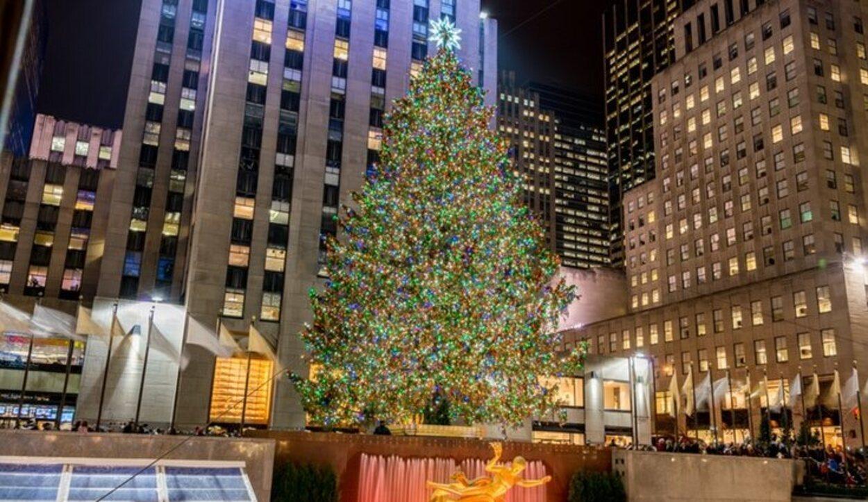 El árbol navideño en Rockefeller Center, Nueva York