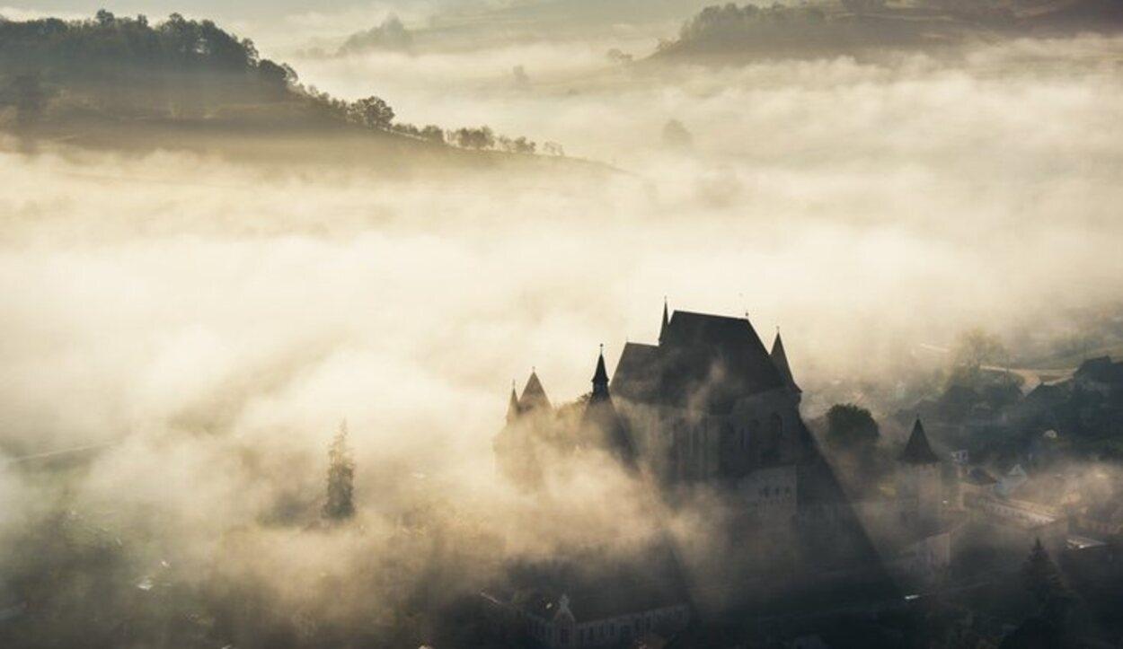 El Castillo del Conde Drácula en Transilvania