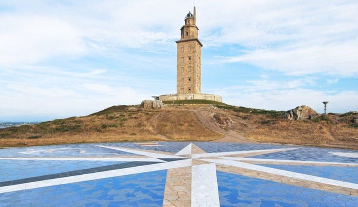 La Torre de Hércules supone un gran atractivo turístico en A Coruña