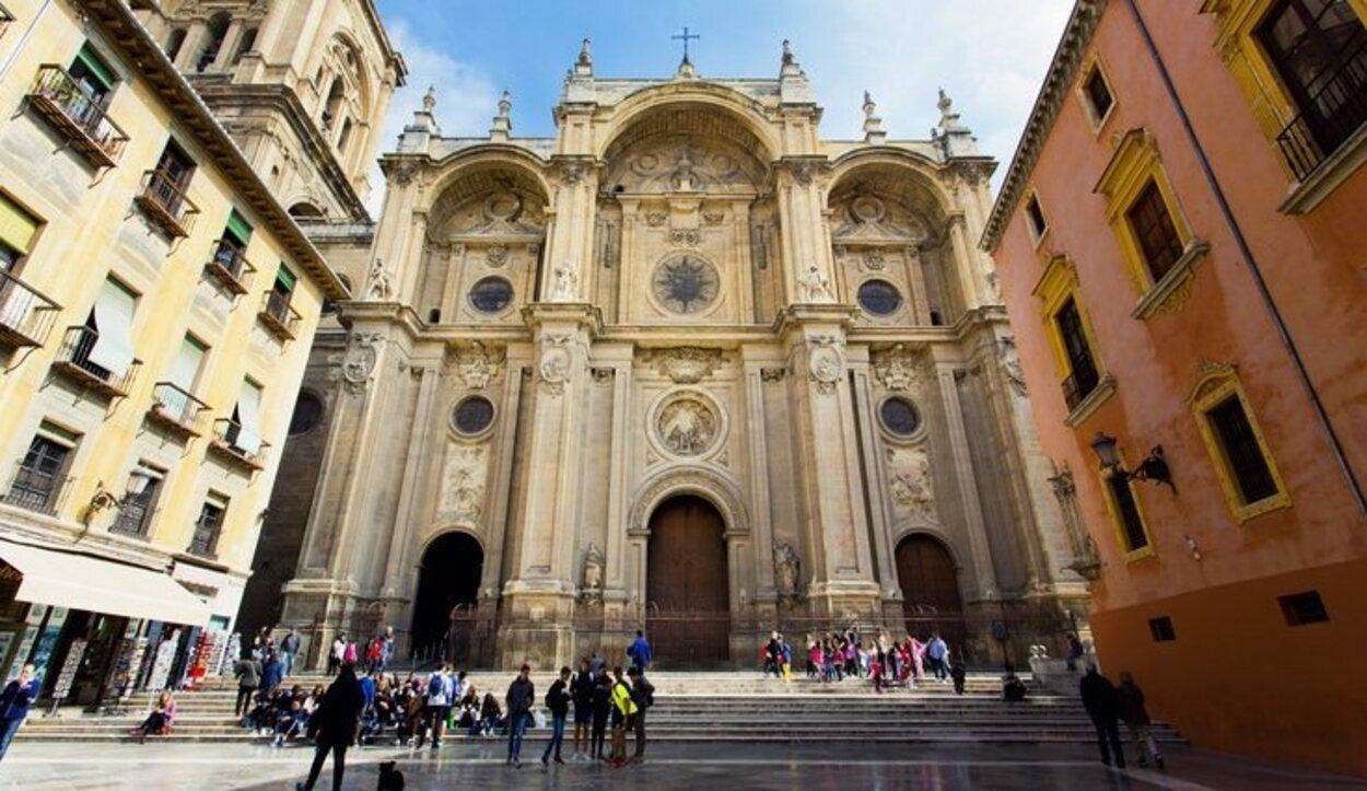 La Catedral de Granada empezó a construirse en el siglo XIV