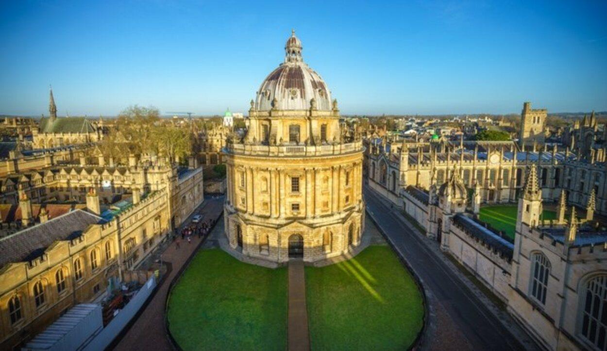 La universidad tiene el mayor sistema de bibliotecas universitarias de Reino Unido