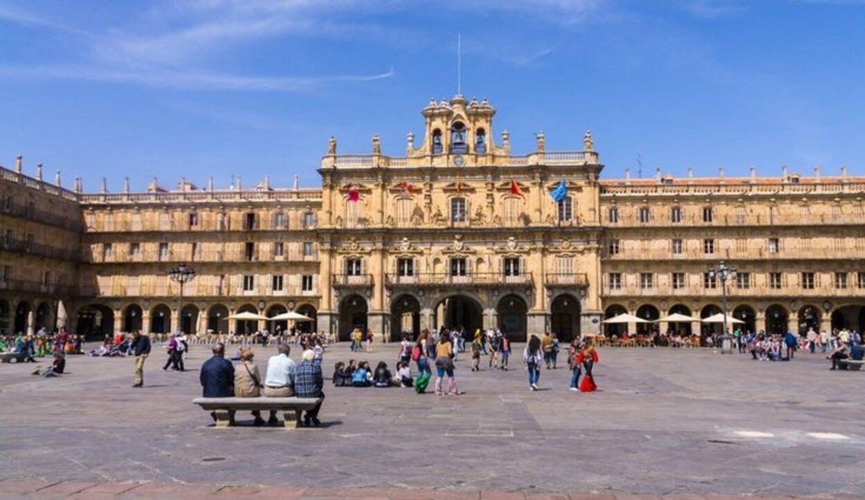 La Plaza Mayor de Salamanca es uno de los mejores ejemplos del barroco español