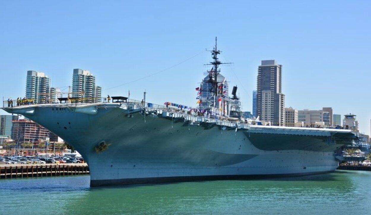 El portaaviones USS Midway
