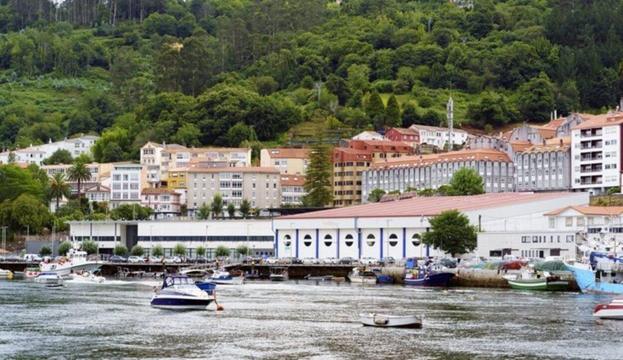Es una villa costera medieval fundada por el rey Alfonso X El Sabio