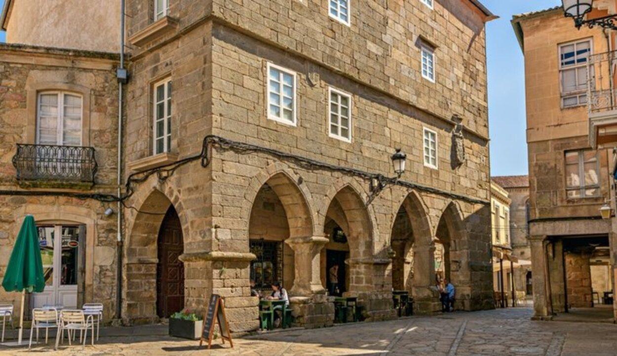 Esta pequeña y encantadora ciudad debe ser una parada obligatoria en tu viaje a La Coruña