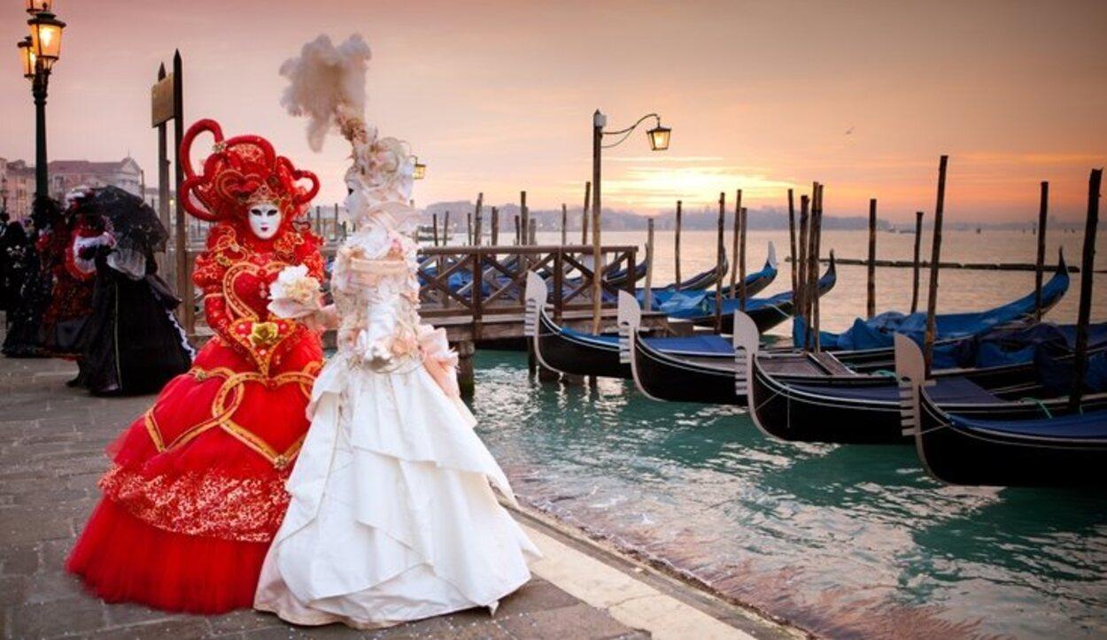 Este evento reúne cada año a miles de turistas a pesar del frío que suele hacer