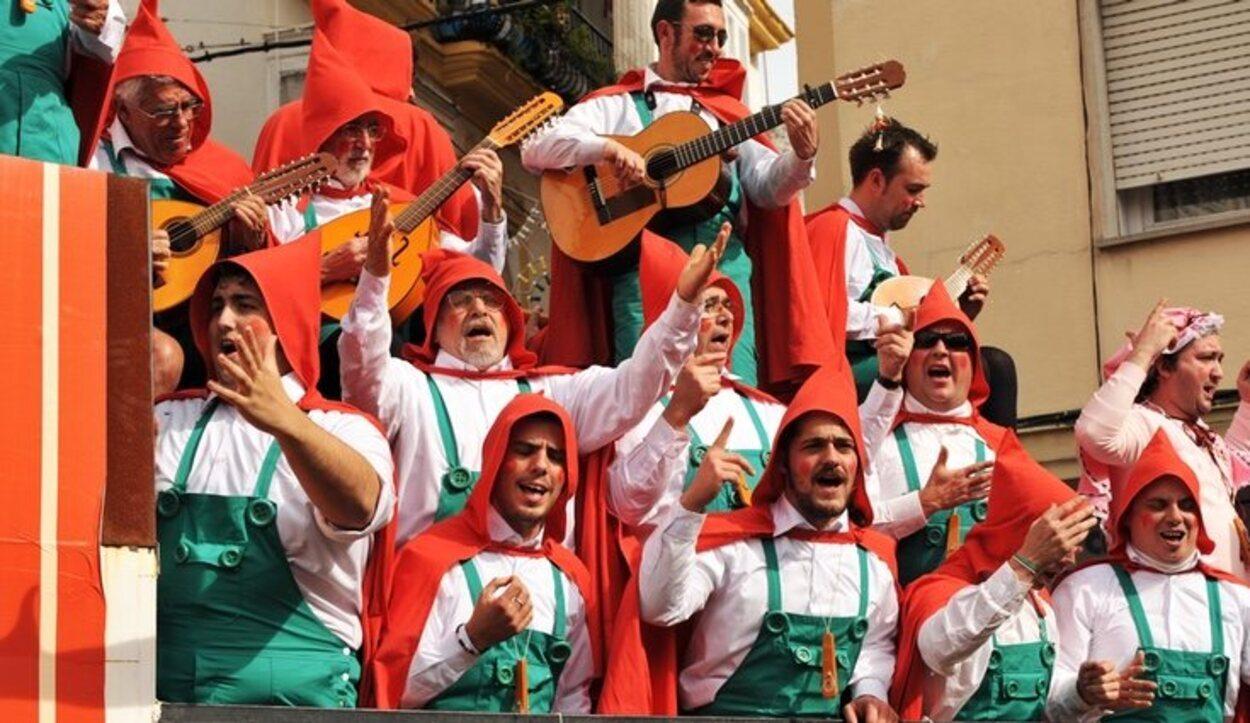 Lo mejor del Carnaval de Cádiz es la simpatía de su gente y su gran poderío cultural