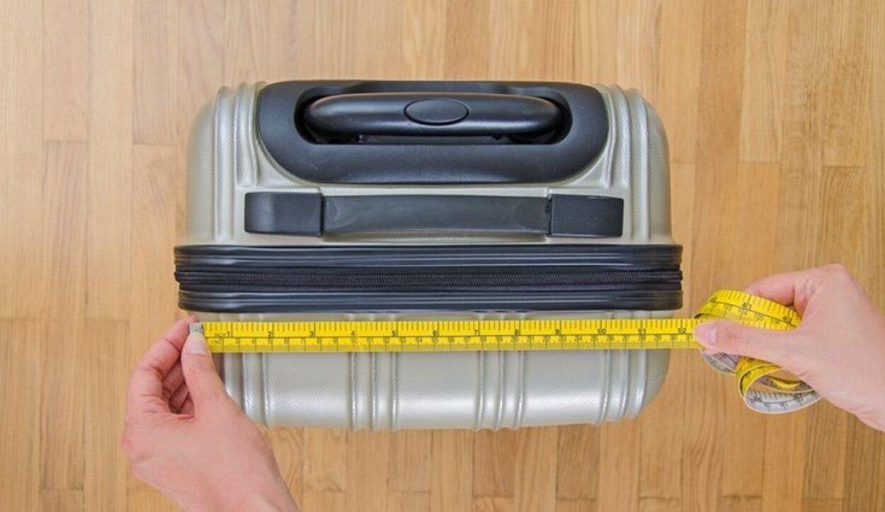 No se debe superar los 40 cm de alto, 30 cm de ancho y 20 cm de fondo