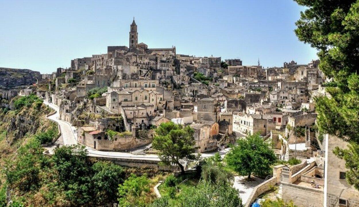 Si hay algo que marca el rumbo turístico de Matera son los Sassi