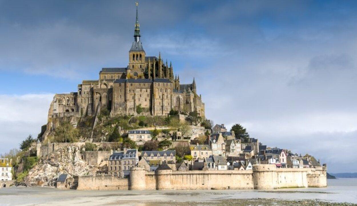 El Mont Saint-Michel es lugar sagrado de peregrinación desde hace siglos