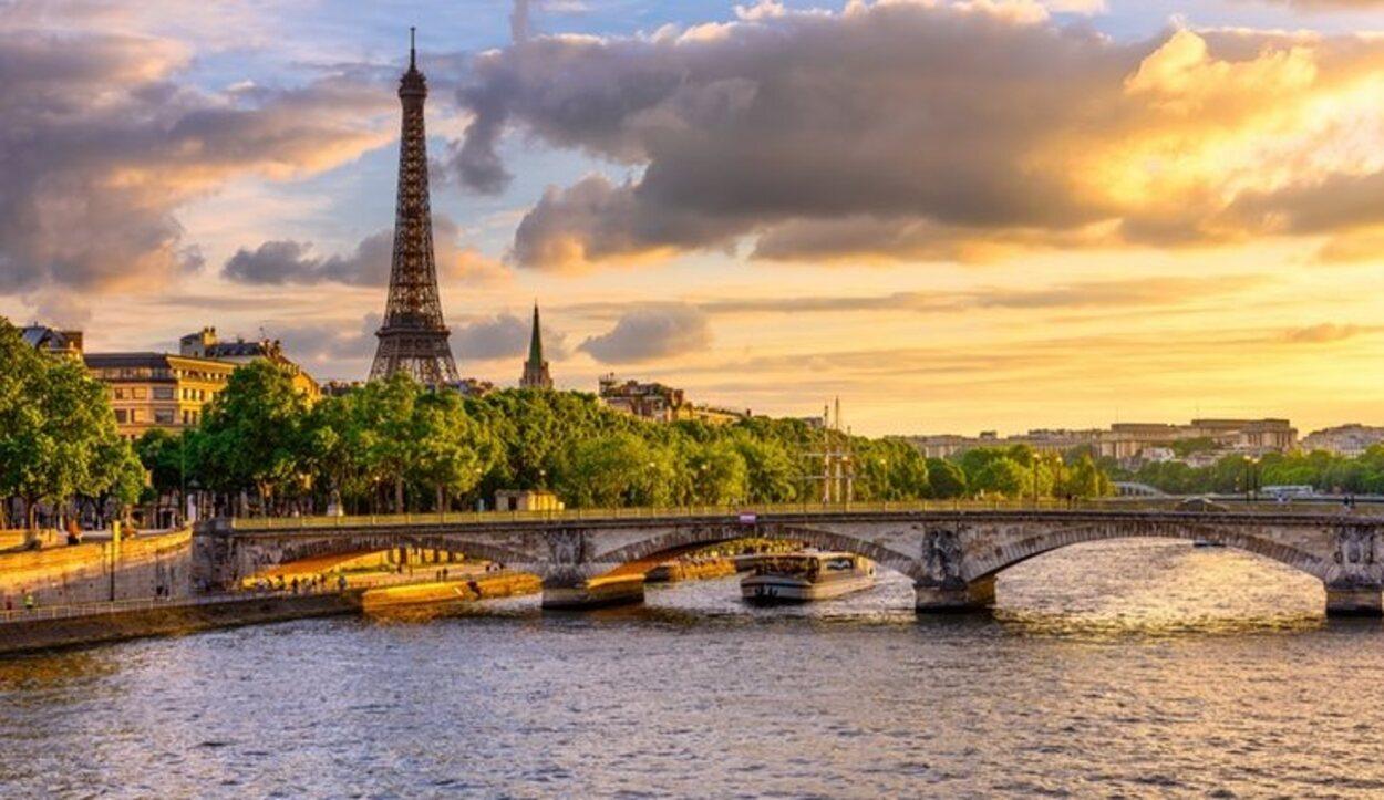 Hablar de romanticismo, amor o pareja es hablar de París