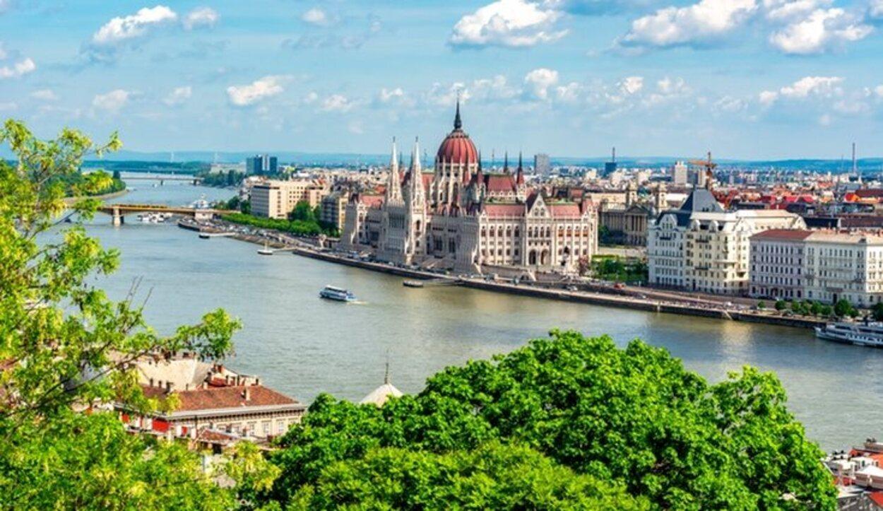 A pesar de frío que hace en Budapest en esta época merece la pena visitarla