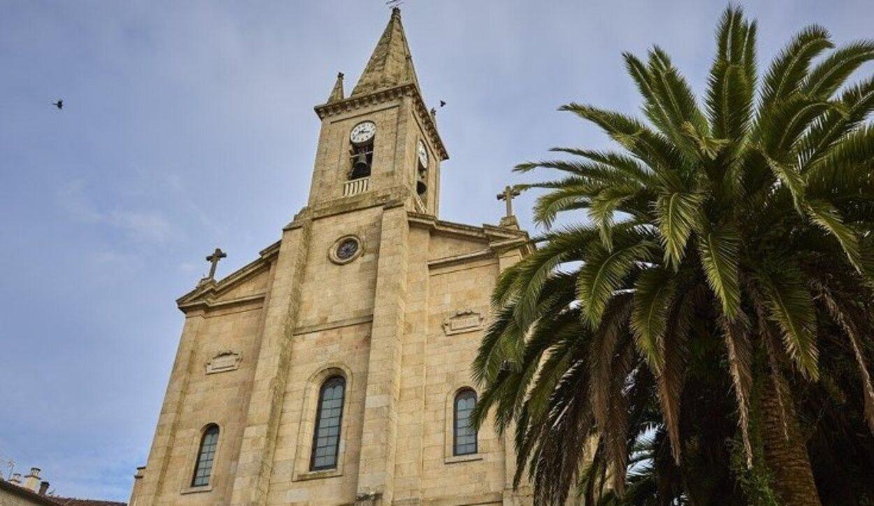 Fachada de la iglesia de Santo Tomás Becket
