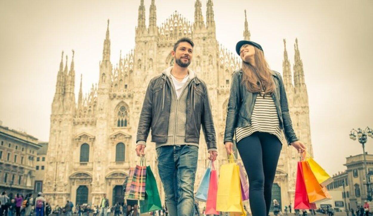 En la Plaza Duomo encontrarás muchas ofertas