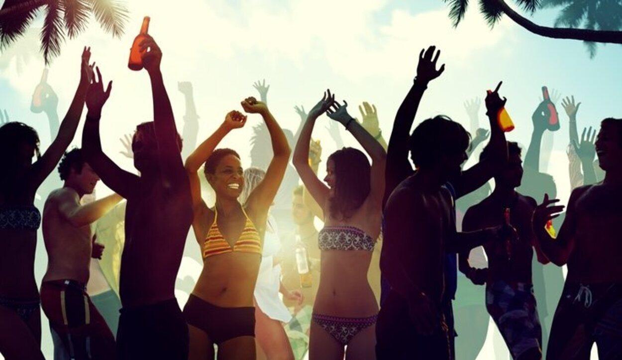 Tropicana es la mejor opción para ir de fiesta en bikini o bañador