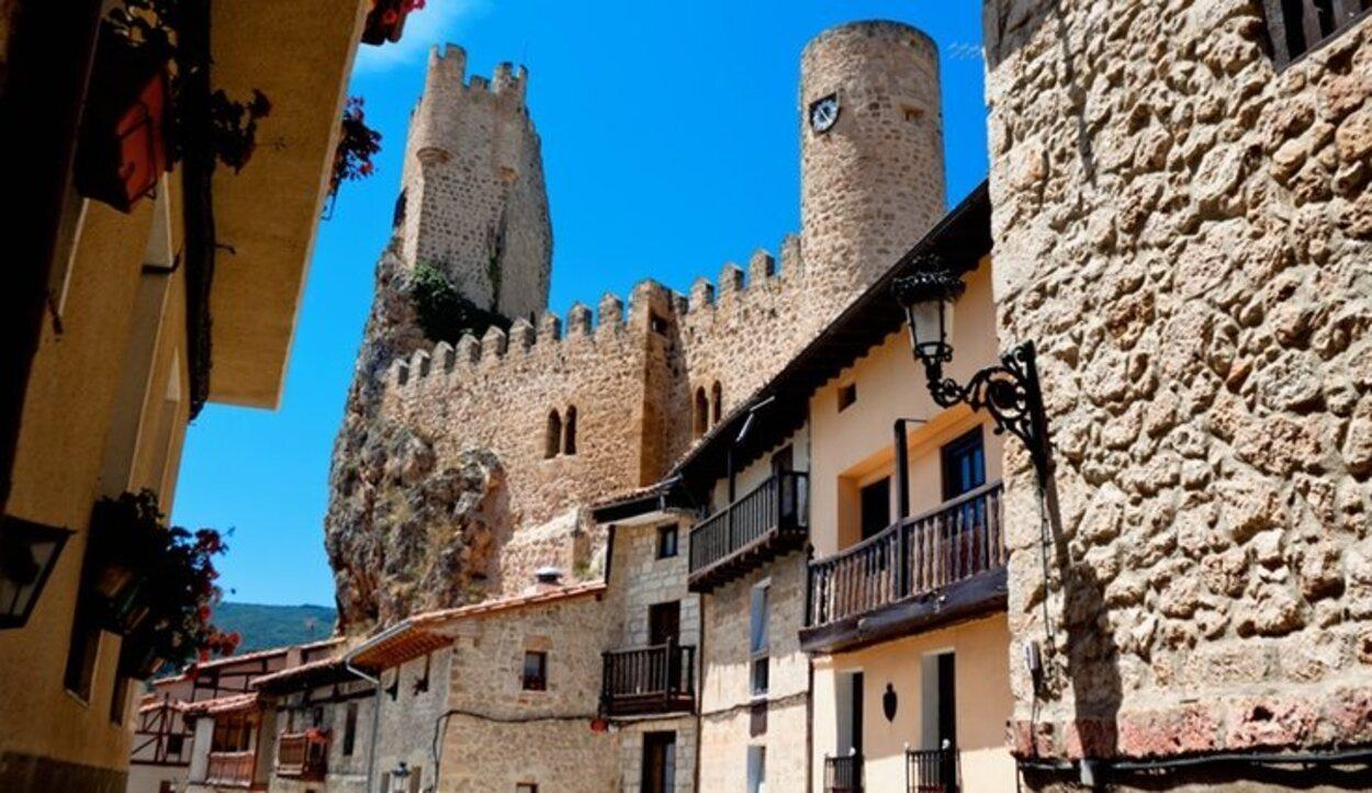 Está en Burgos y ejerce de frontera entre la meseta castellana y el norte peninsular