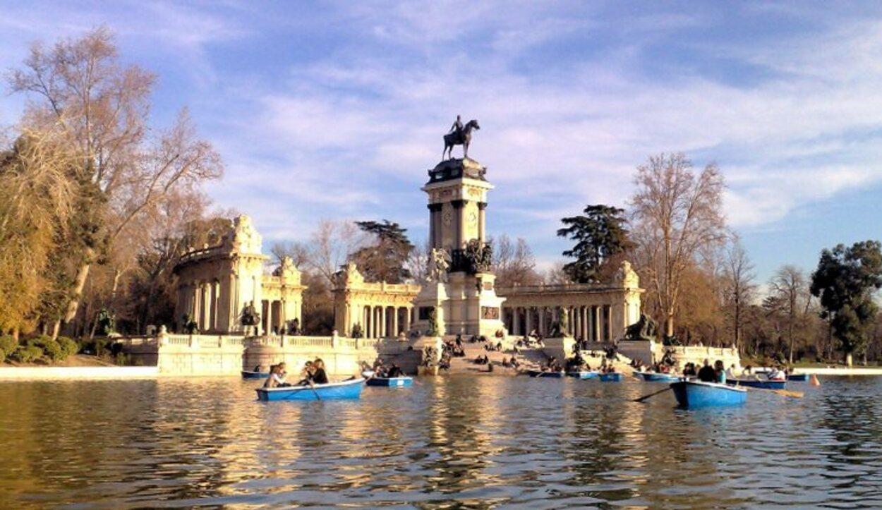 El Estanque del Parque de El Retiro es un imprescindible de Madrid