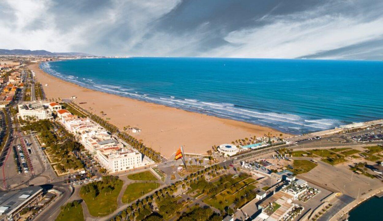 Playa de la Malvarrosa desde vista aérea