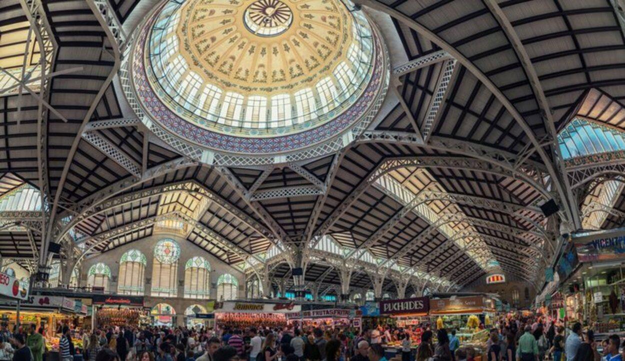 El mercado central abre de lunes a sábados