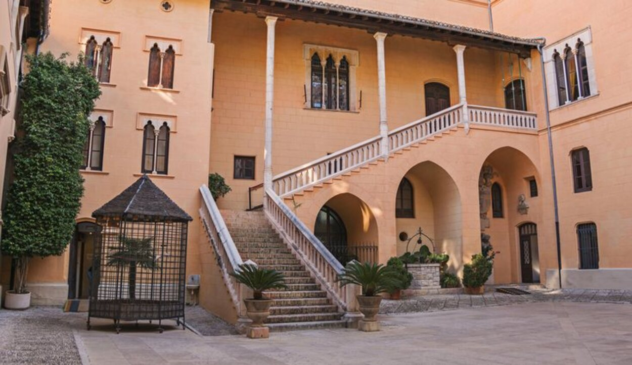 El Palacio de los Borja es uno de los mayores reclamos turísticos de la ciudad