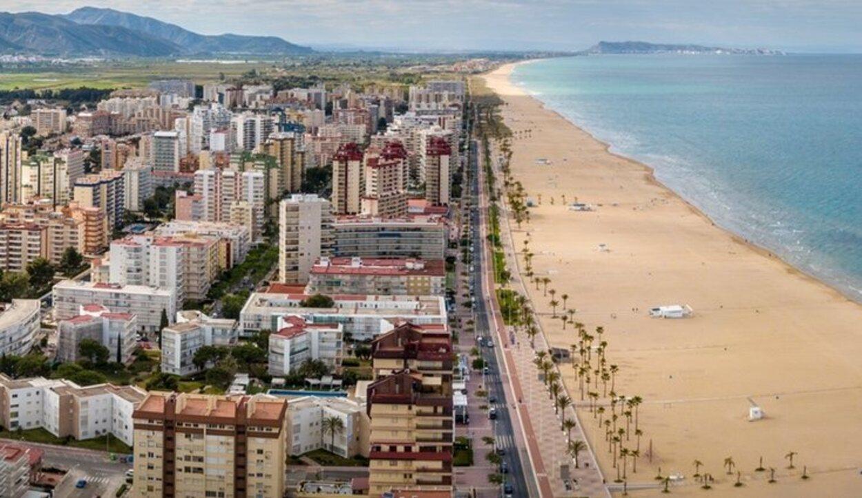 La Playa de Gandía es una de las más anchas de la Comunidad Valenciana