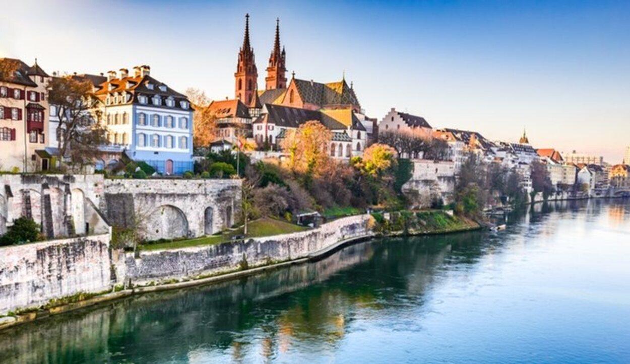 Basilea es una ciudad para el turista más sibarita