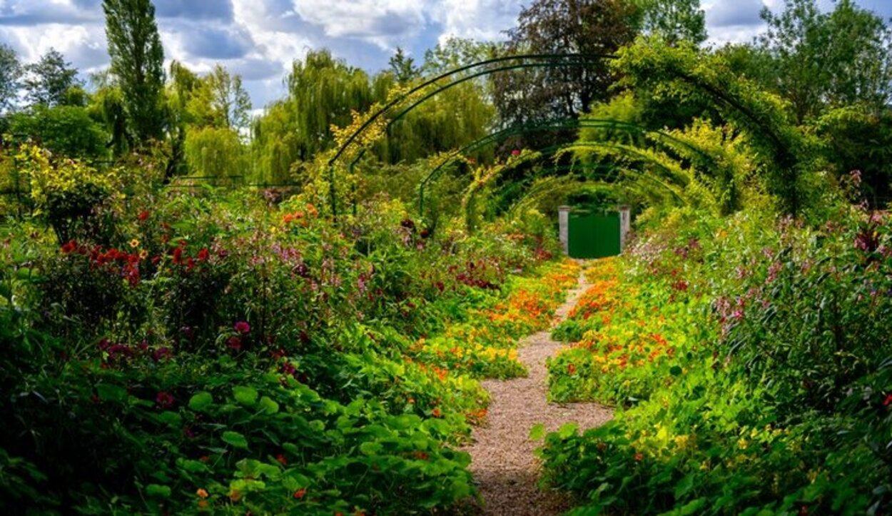 Sin dudas el parque de Claude Monet es uno de los lugares que debes visitar en Francia