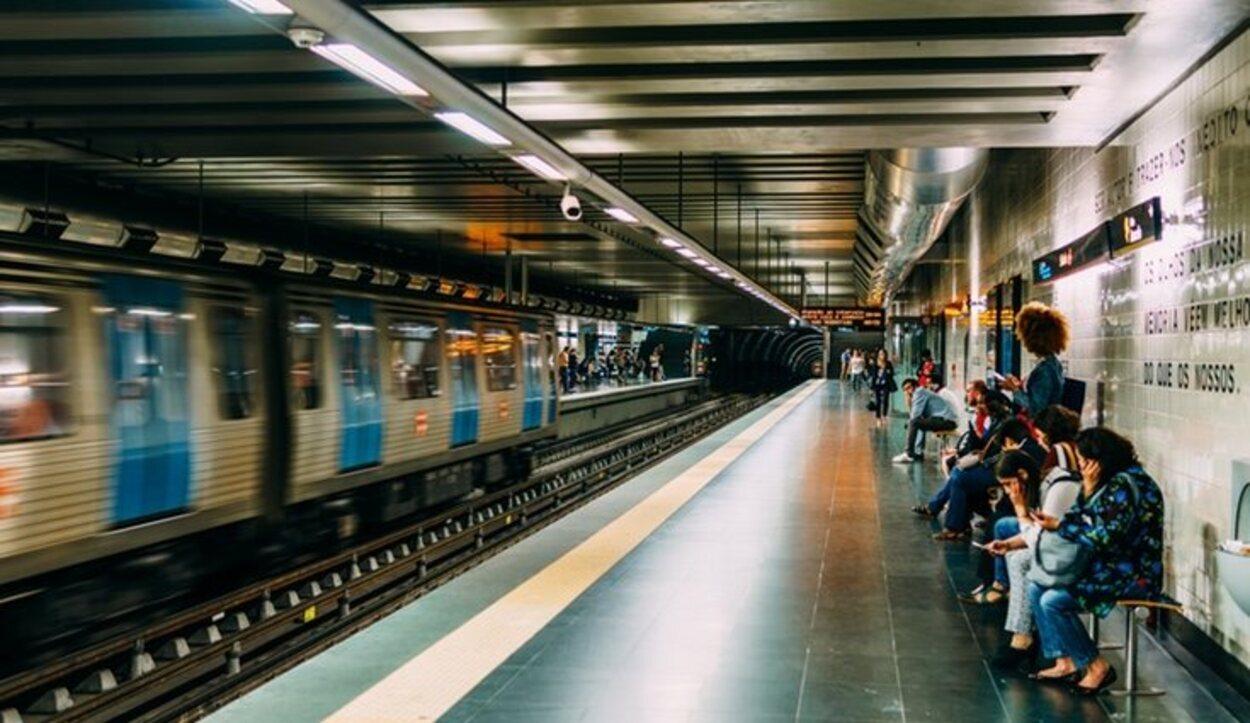 El metro es el medio de transporte favorito por los turistas en relación calidad-precio