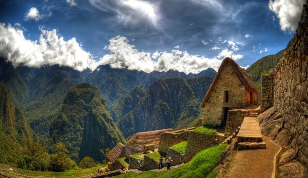 Mahu Picchu, Andes Peruanos