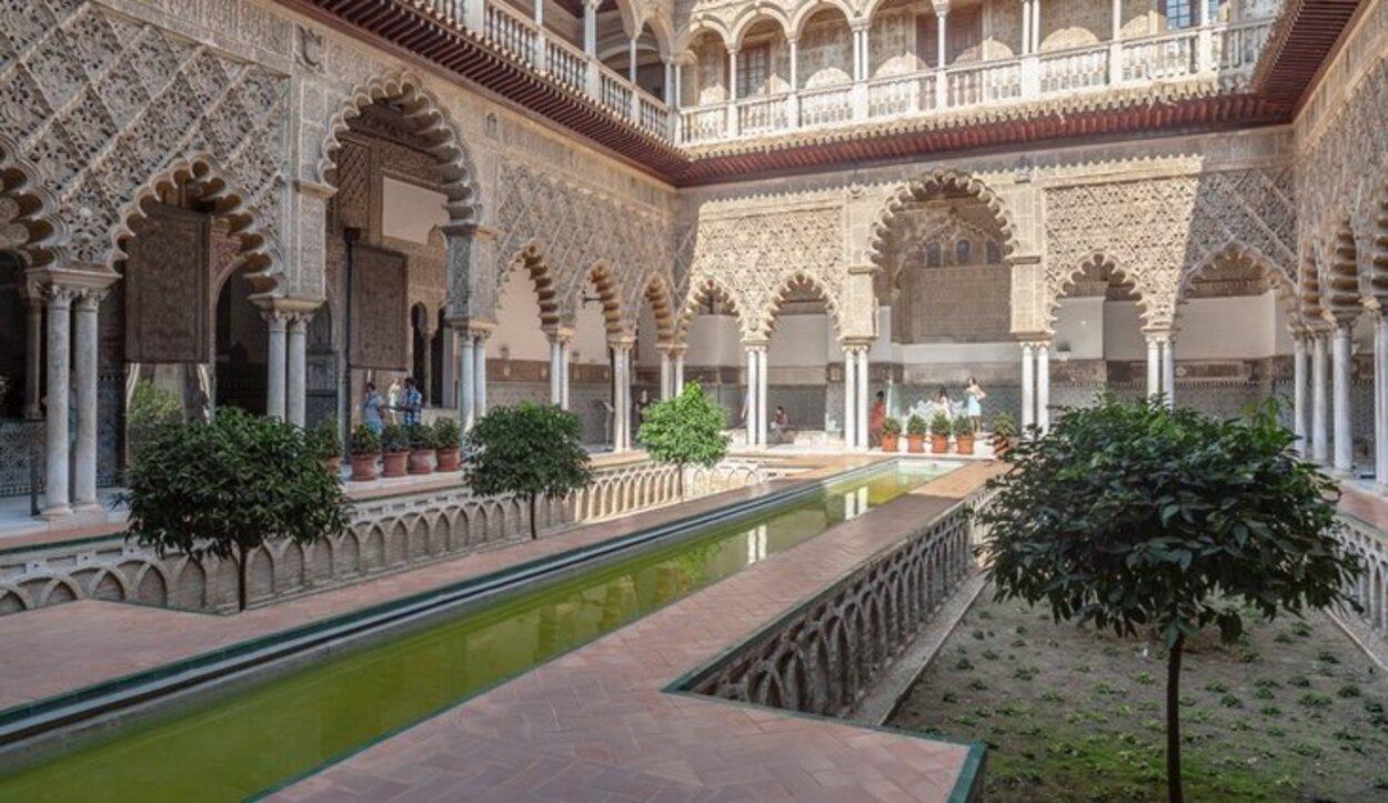 En los Reales Alcázares de Sevilla se rodaron los acontecimientos de los Jardines del Agua