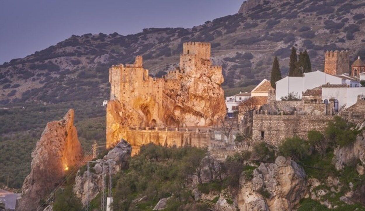 Castillo de Zuheros, una fortificación  musulmana del siglo IX