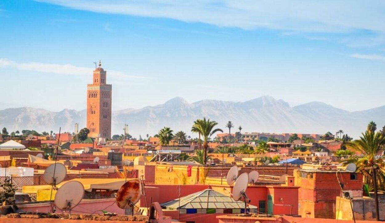 Marrakech tiene un patrimonio cultural rico y un clima constante