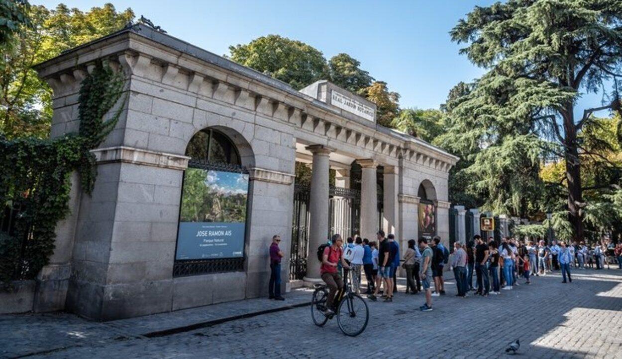 La puerta por donde se entra para ver el Jardín Botánico