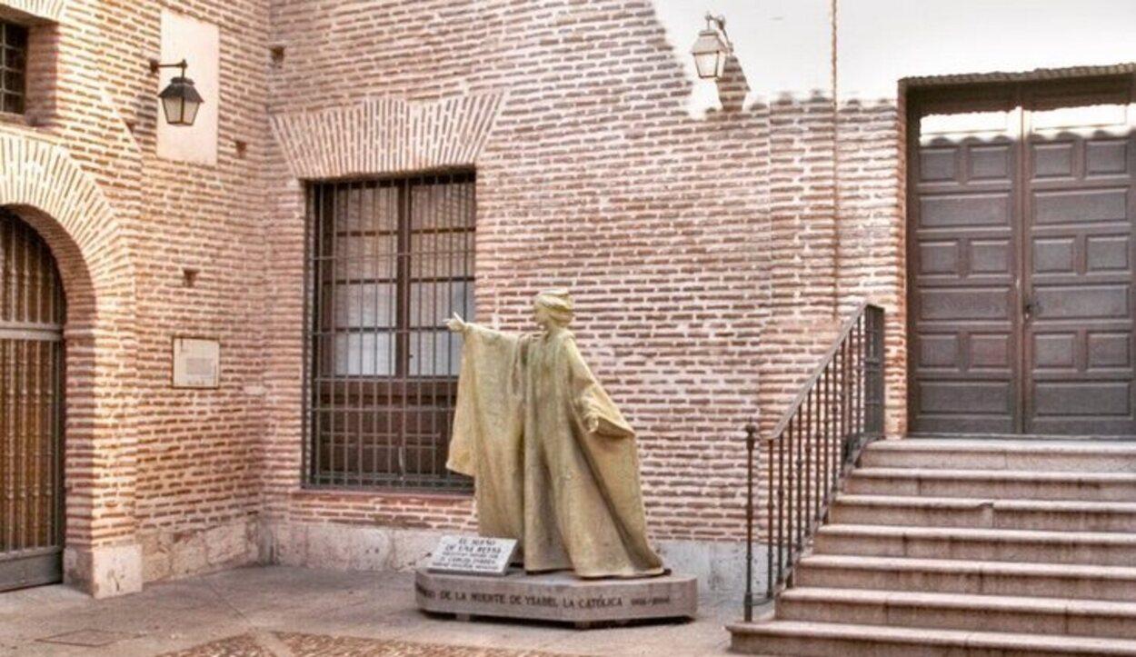 El Palacio Real Testamentario fue mandado construir por los Reyes Católicos