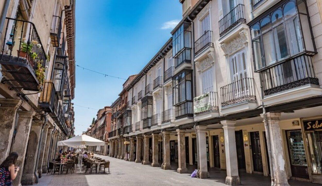 Por las calles de Alcalá de Henares pasan muchas procesiones que no hay que perderse
