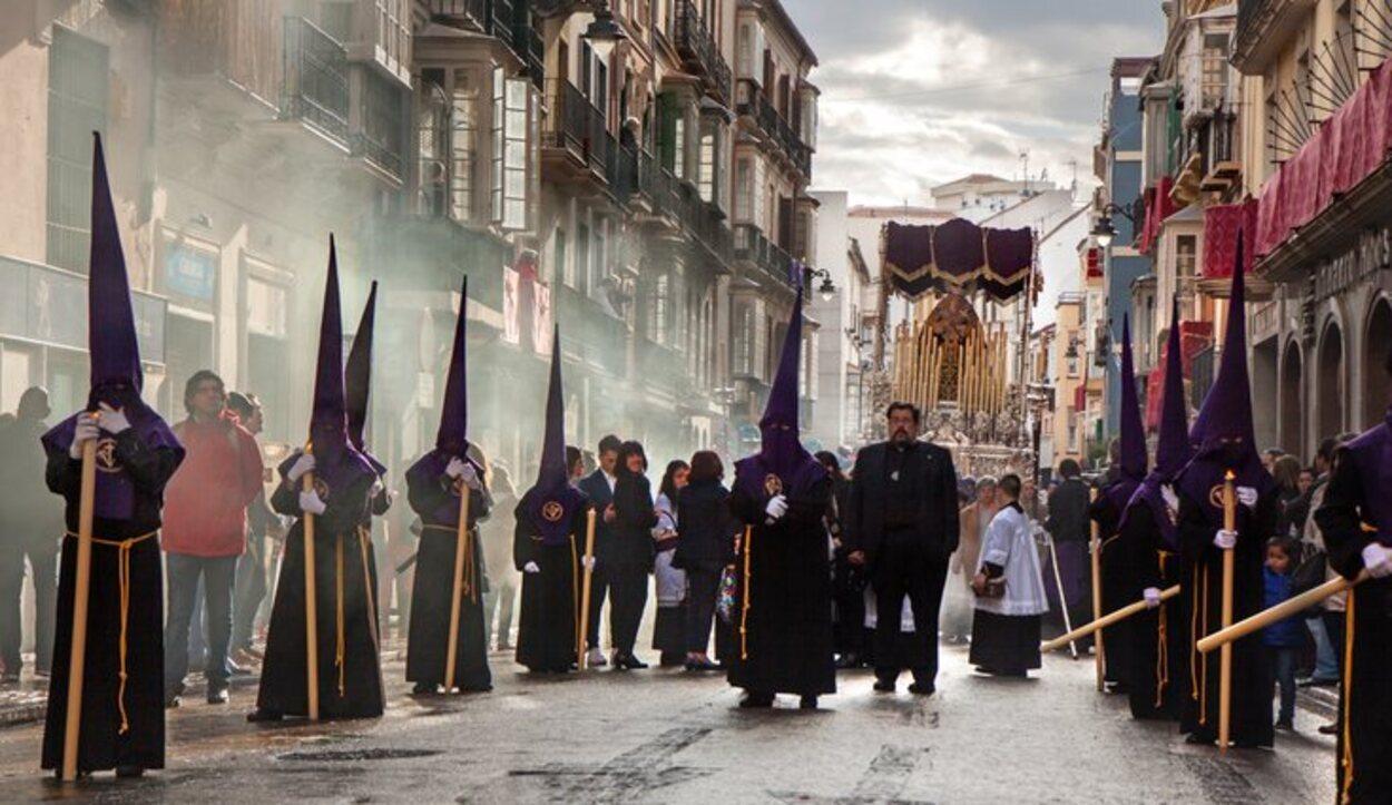 Las cofradías duran 7 días en la ciudad andaluza de Sevilla