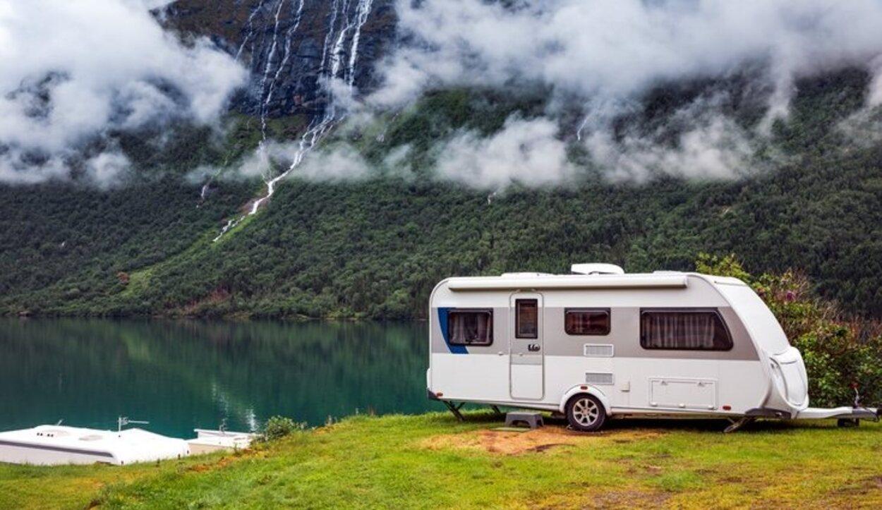 Para llevar una caravana tan solo se necesita el carnet de conducir B1 de turismos