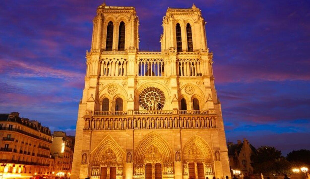La Catedral de Notre-Dame es uno de los máximos exponentes del gótico