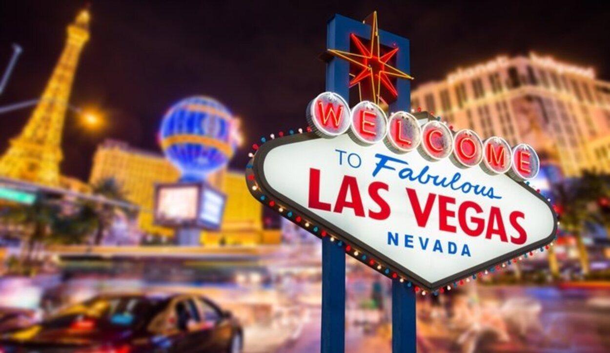 Con el paso de los años, Las Vegas se han transformado en una ciudad luminosa