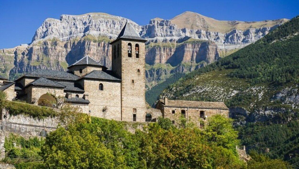La villa medieval de Torla es de visita obligada