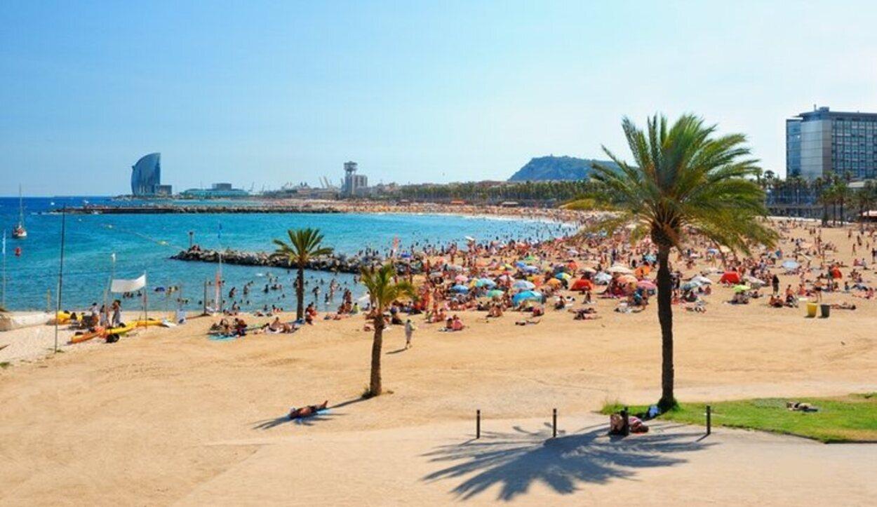 La época preferida para planear una escapada a Barcelona son los meses de abril, mayo, junio o julio