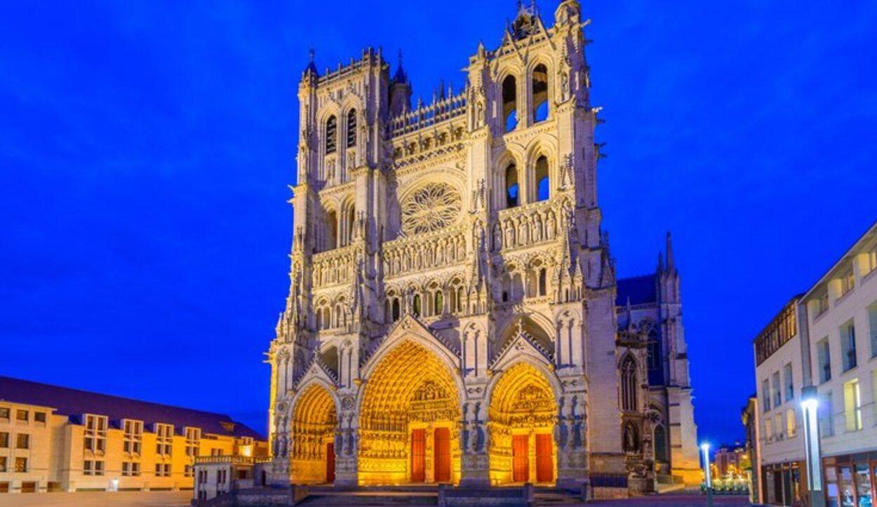 La Catedral de Notre-Dame de Amiens es una de las más altas de Francia
