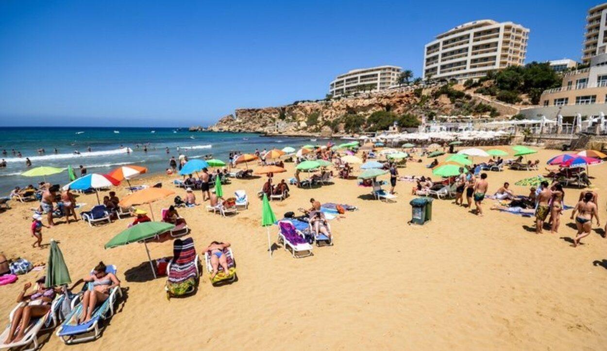 Playa Golden Bay