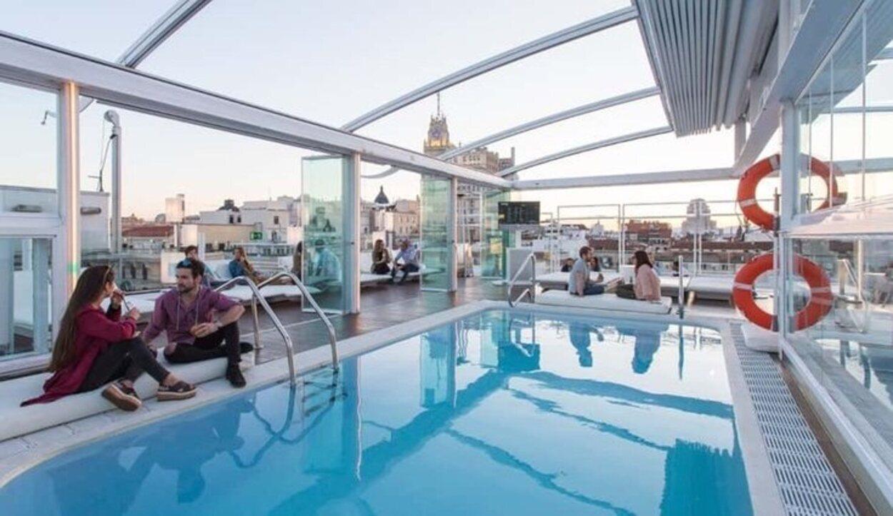 La azotea del Hotel Oscar Room Mate tiene una panorámica impresionante | Foto: Room Mate Hotels