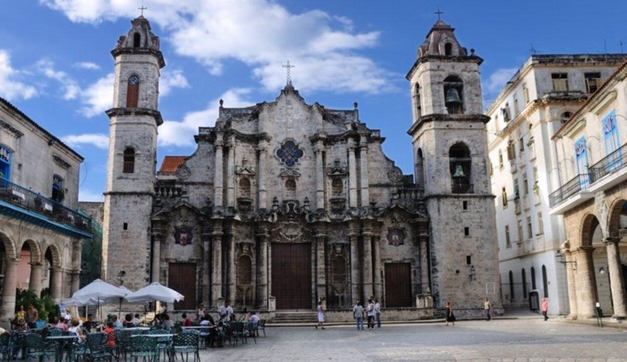 La Catedral es de estilo barroco e irradia una belleza inmensa