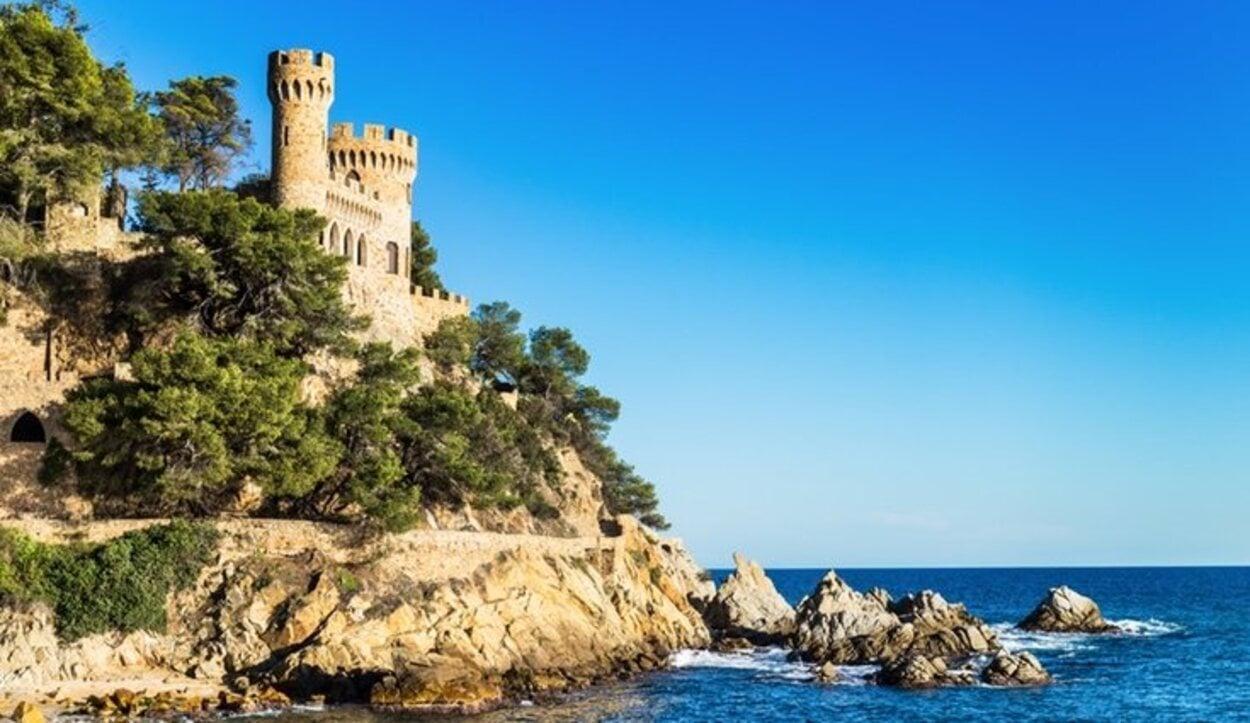 Lloret de Mar es un municipio cercano a Barcelona al que poder escapar