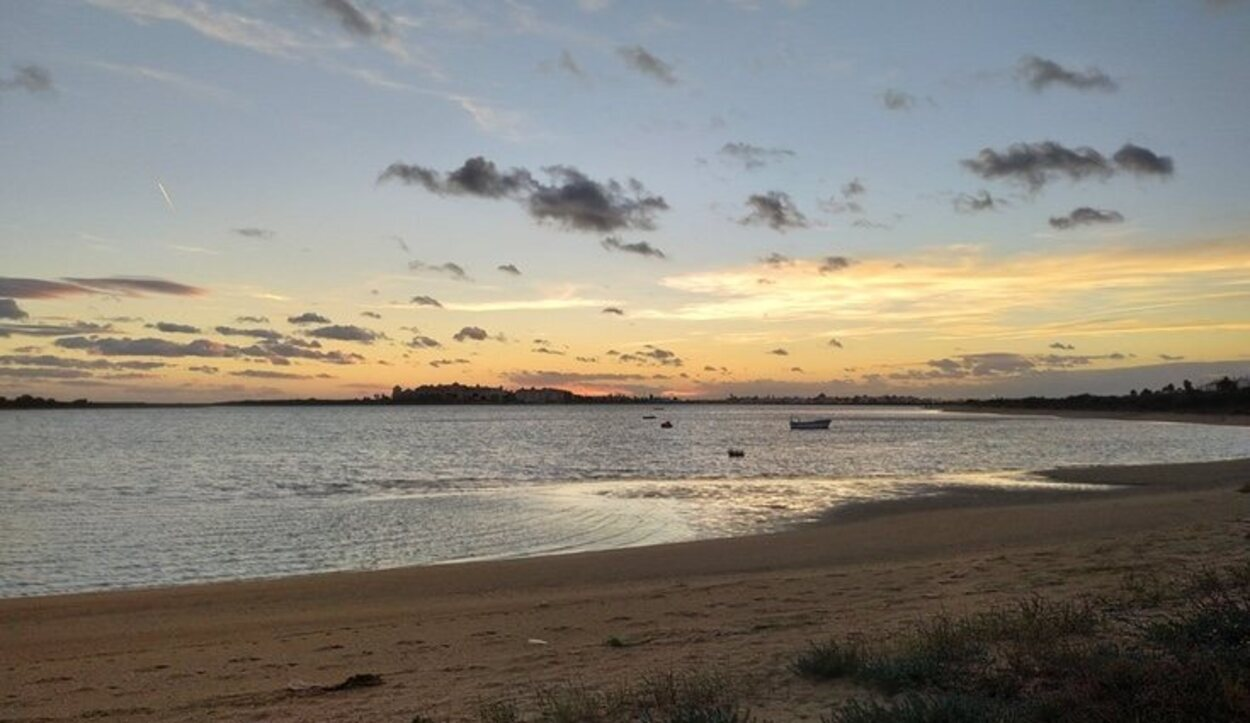 Isla Cristina está a 35 kilómetros de Huelva